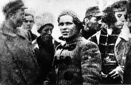 Makhno with army council