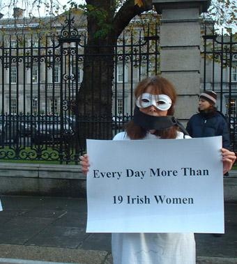10 women travel to Britain every day from Ireland for an abortion