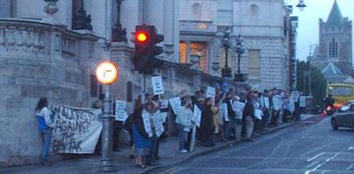 Picket of Dublin corporation outside city hall